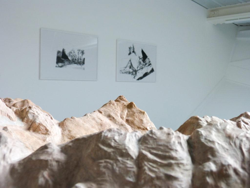 Exposition <em>Bernard Cazaux : Comment j'ai trouvé certains de mes rochers ; parmi d'autres œuvres de la collection du Frac</em>